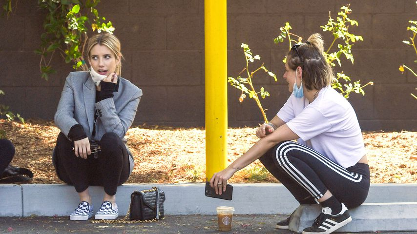 Emma Roberts und Kristen Stewart in Los Angeles
