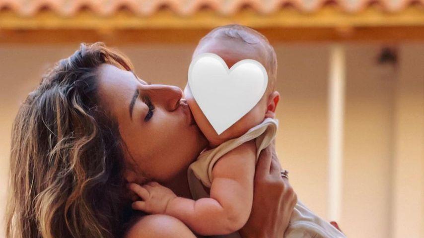 Evanthia Benetatou und ihr Baby George Angelos