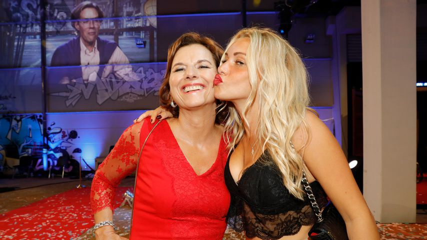 Claudia Obert und Evelyn Burdecki