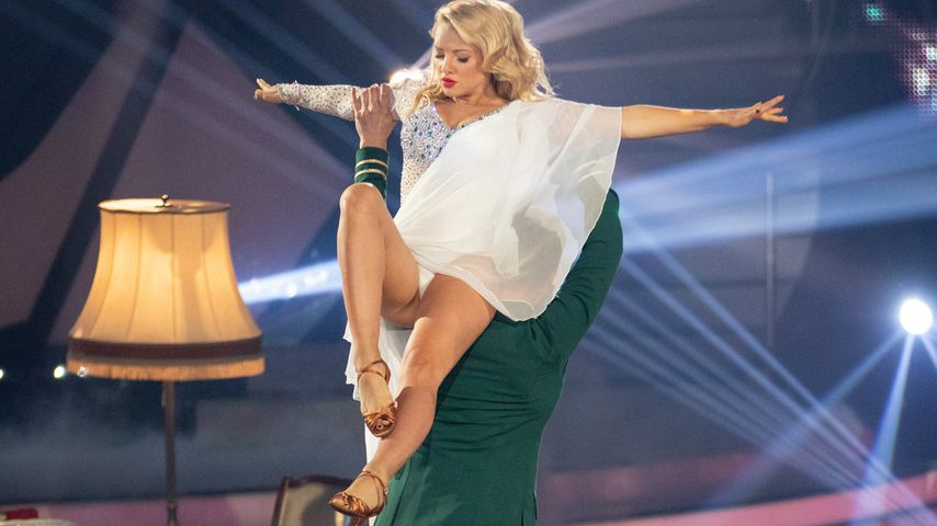 "Darum war Evelyn Burdeckis Rücken bei ""Let's Dance"" getapet!"