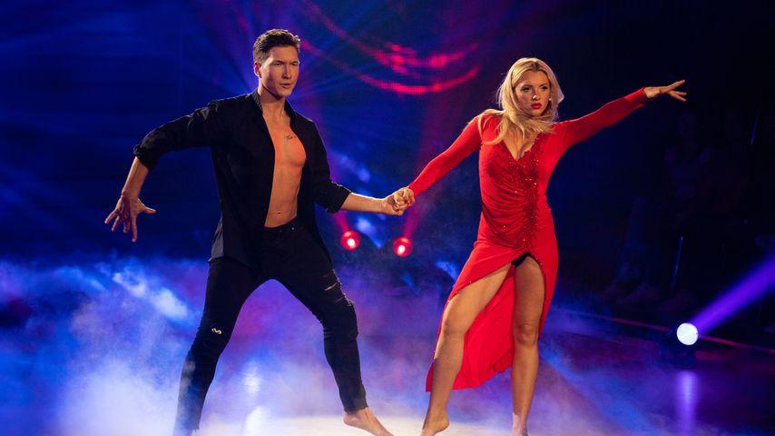 """Evgeny Vinokurov und Evelyn Burdecki in der neunten Folge von """"Let's Dance"""""""