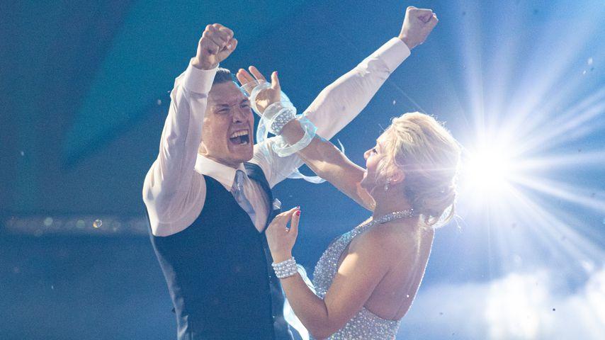 """Null enttäuscht: Evgeny stolz auf seine """"Let's Dance""""-Evelyn"""