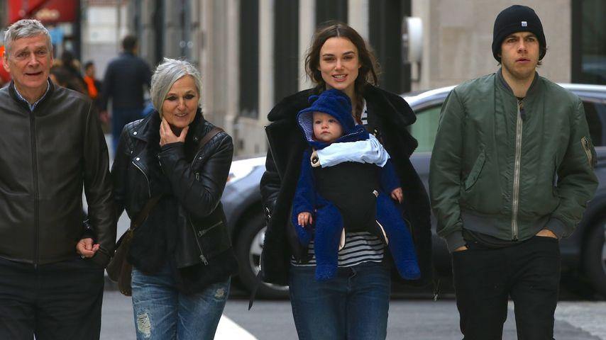 Baby an Bord: Keira Knightleys süßer Familienausflug!