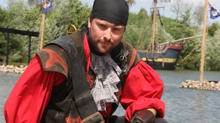 Neue Rolle! GZSZ-Star Felix von Jascheroff ist jetzt Pirat