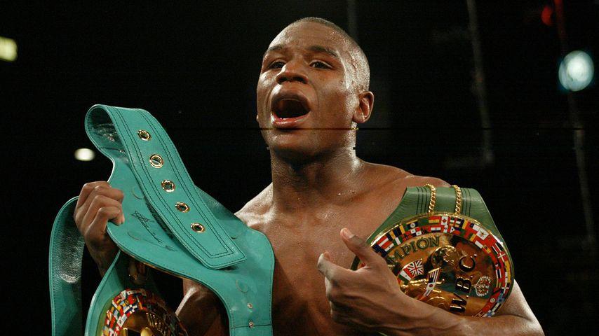 Floyd Mayweather Jr. beim Kampf gegen Jose Luis Castillo