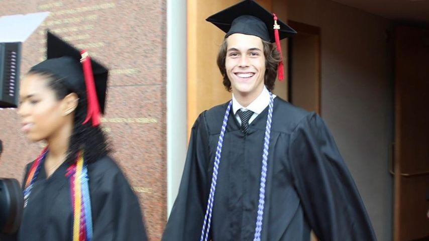Flynn Busson macht seinen Uni-Abschluss