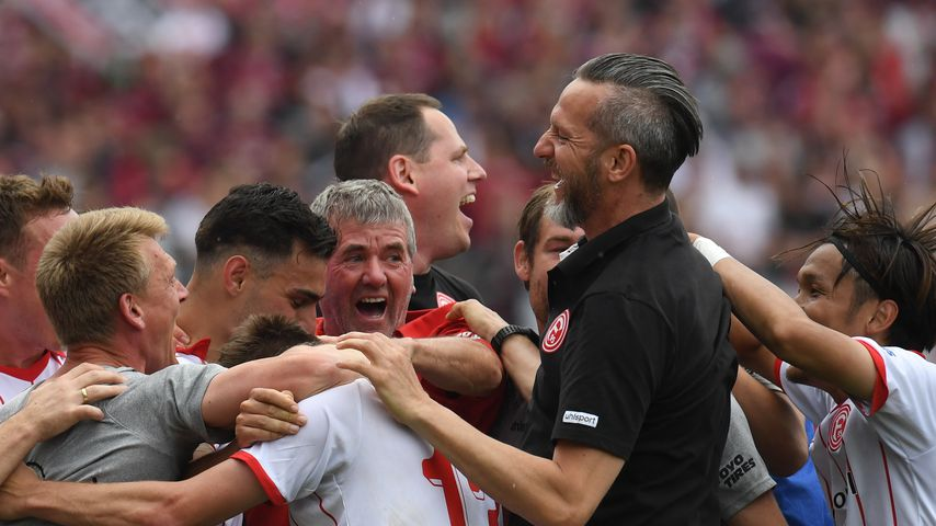 Fortuna Düsseldorf nach dem Abpfiff in Nürnberg