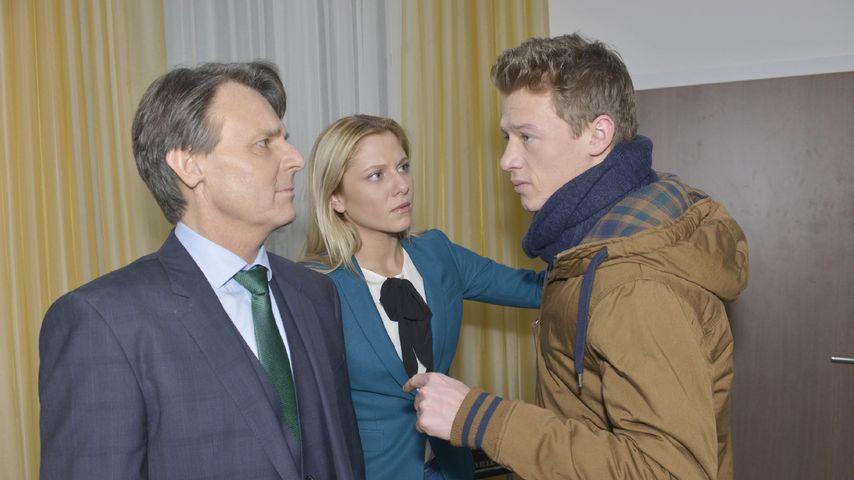 Wolfgang Bahro, Valentina Pahde und Vincent Krüger während einer GZSZ-Szene