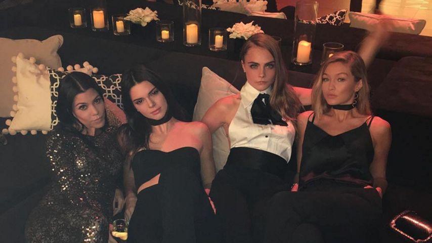 Gigi Hadid, Kendall Jenner, Kourtney Kardashian und Cara Delevingne