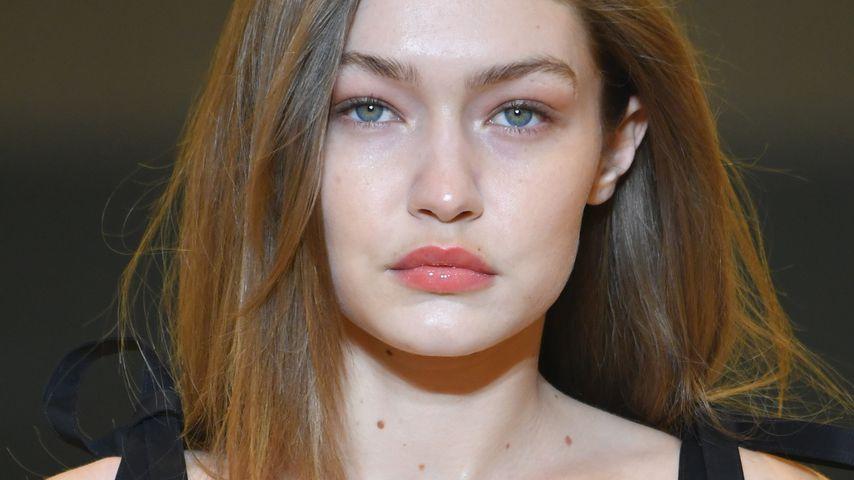 Gigi Hadid auf der Pariser Fashion Week 2019