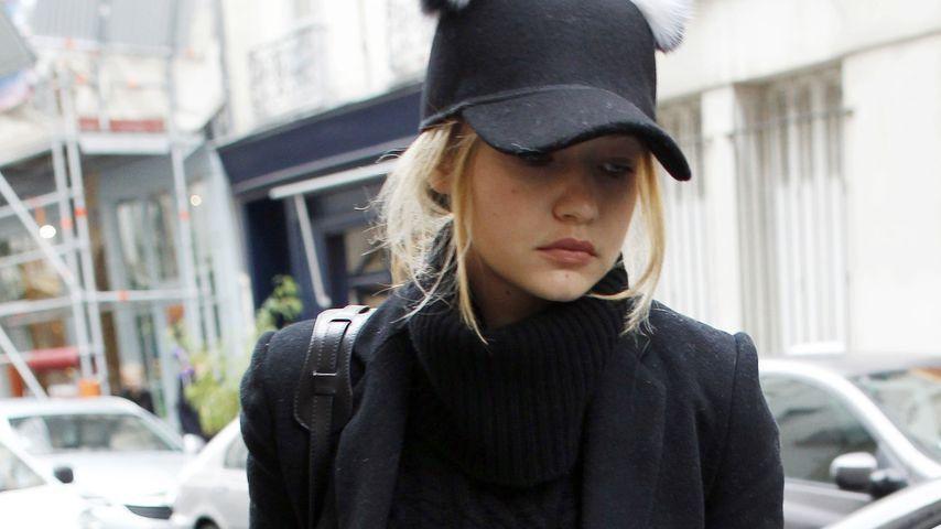 Dezember-Blues: Hier muffelt Gigi Hadid durch Paris