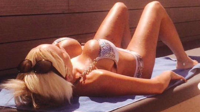 Mega-Brüste! Gina-Lisa Lohfink relaxt total sexy im Urlaub
