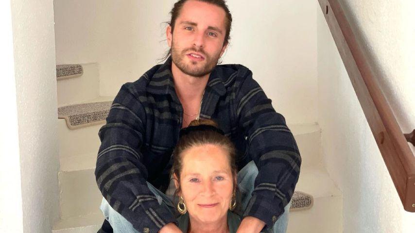 Gino und seine Mutter im Juni 2021
