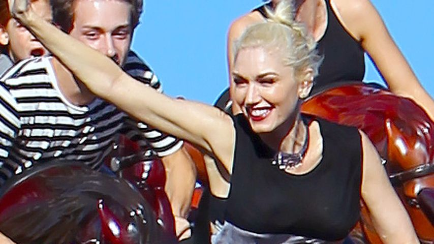 Rasant: Gwen Stefani & ihre Kids fahren Achterbahn