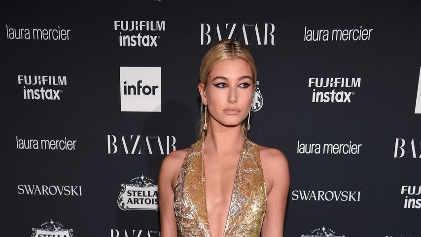 Hailey Baldwin bei der ICONS By Carine Roitfeld-Party 2017