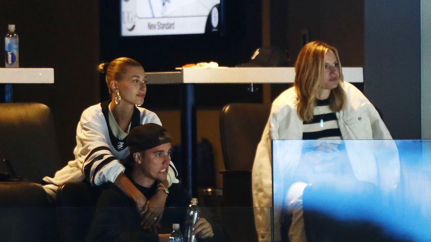 Justin Biebers Eishockey-Team verliert, Hailey muss trösten