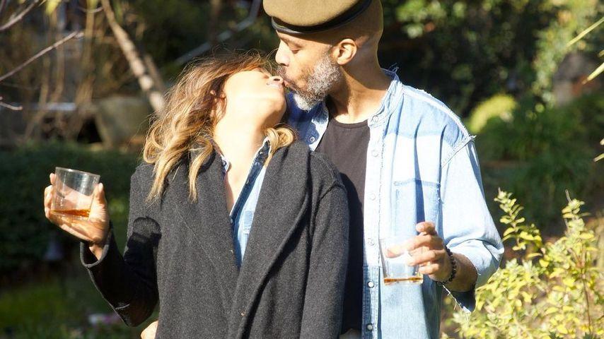 Beschwipst? Halle Berry knutscht wieder mit ihrem Freund Van