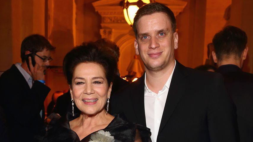 Hannelore Elsner und ihr Sohn Dominik beim Hesse Award 2012