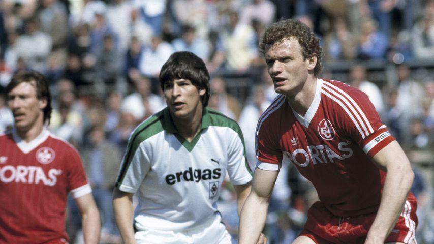 Hans-Jörg Criens und Hans-Peter Briegel während der Saison 1983/84