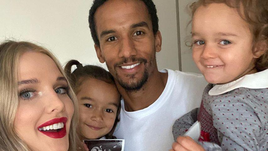 Helen Flanagan, Scott Sinclair und ihre gemeinsamen Kinder im September 2020