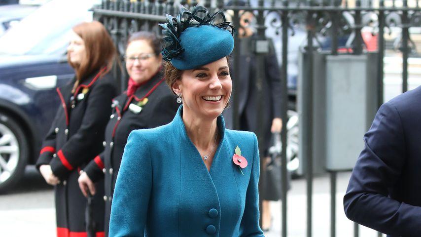 Zum achten Hochzeitstag: Queen zeichnet Kate mit Titel aus