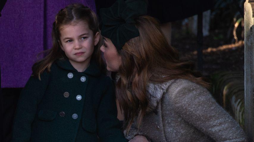 Herzogin Kate mit ihrer Tochter, Prinzessin Charlotte, im Dezember 2019