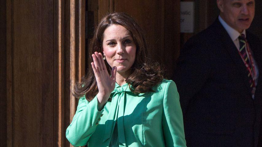 Trubel vor Krankenhaus: Wann zeigen Kate & William ihr Baby?