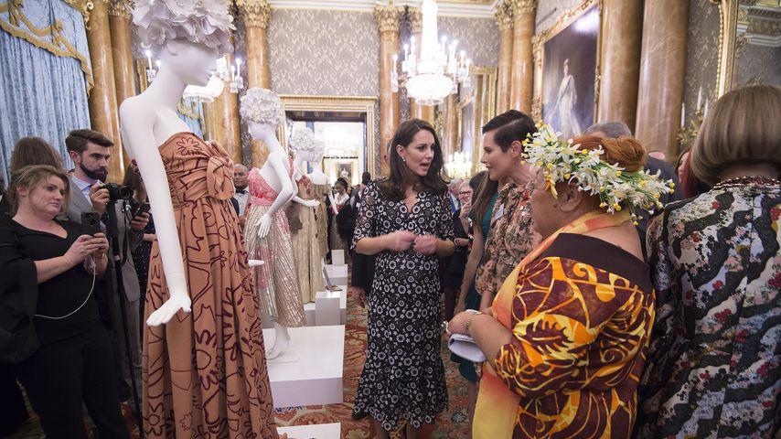 Herzogin Kate bei der Commonwealth Fashion Exchange im Buckingham Palace