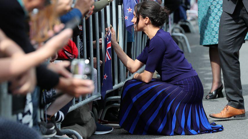 Herzogin Meghan mit Fans in Rotorua, Neuseeland
