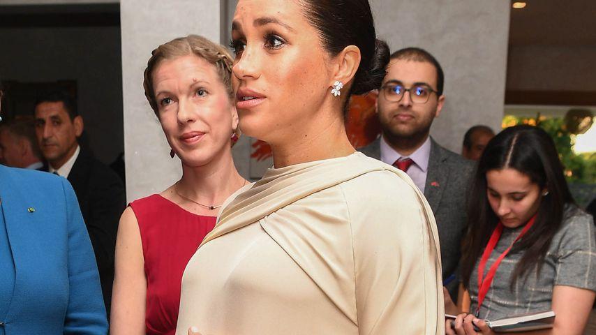 Kurz vor Geburt: Meghans Nabel schon unter Kleid sichtbar