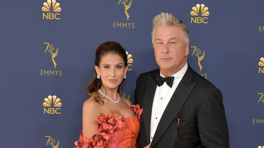 Hilaria Baldwin und Alec Baldwin bei den Emmy Awards 2018