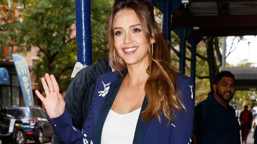 Hochschwangere Jessica Alba