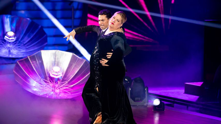 """Ilka Bessin bei """"Let's Dance"""""""