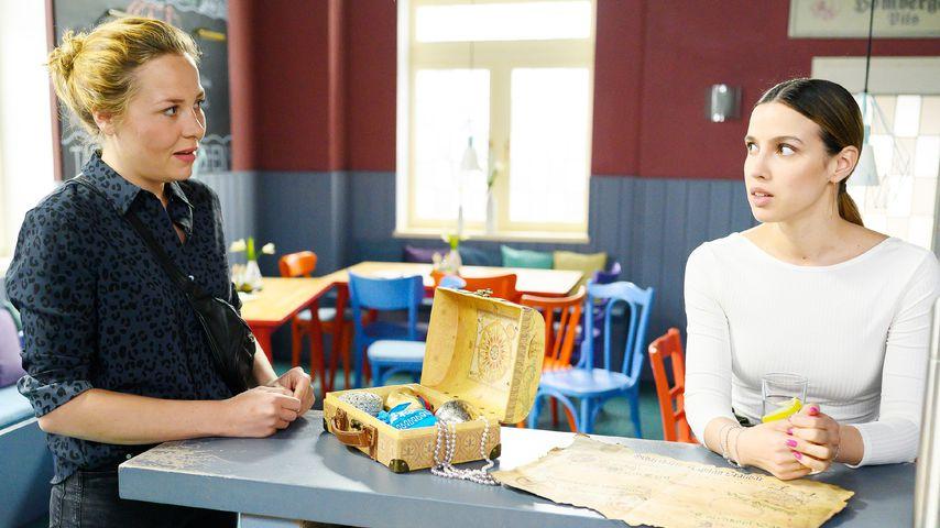 "Ina (Franziska van der Heyde) und Chiara (Alexandra Fonsatti) bei ""Alles was zählt"""
