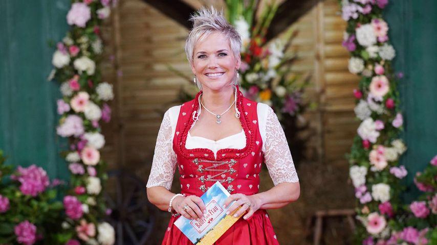 """Moderatorin Inka Bause beim """"Bauer sucht Frau""""-Scheunenfest 2018"""