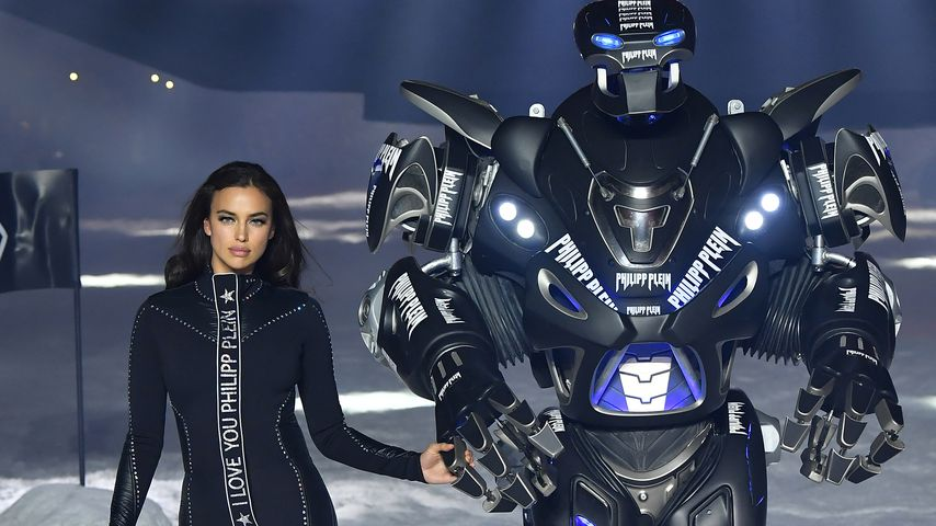Irina Shayk bei der Philipp Plein Fashion Show in New York