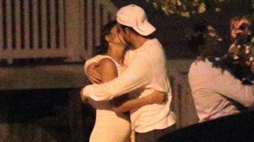 Erwischt! Bradley Cooper & Irina Shayk knutschen innig