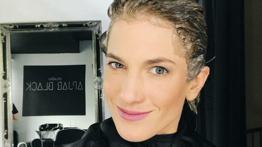 Isabell Horn beim Friseur