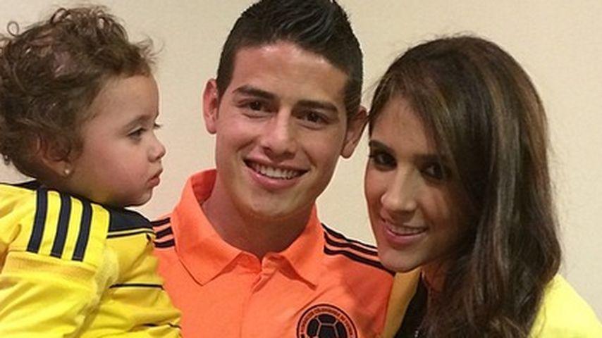 James Rodriguez mit Daniela Ospina und seiner Tochter Salome