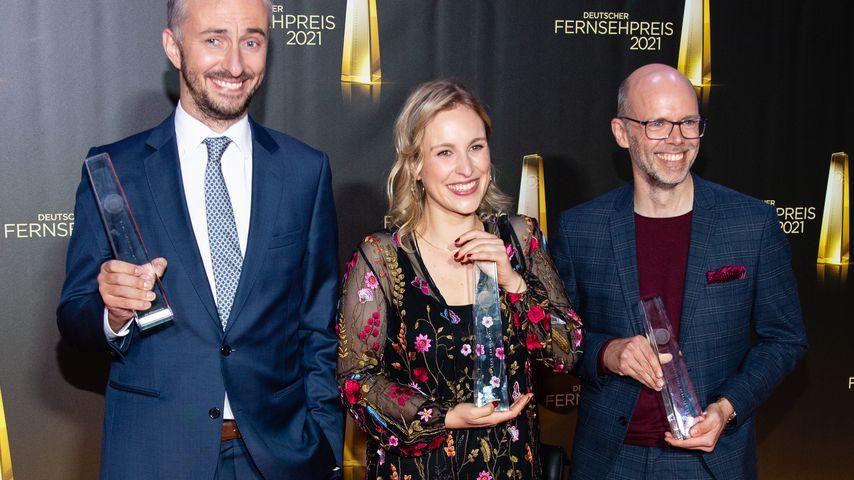 Jan Böhmermann, Hanna Herbst und Markus Hennig beim Deutschen Fernsehpreis 2021
