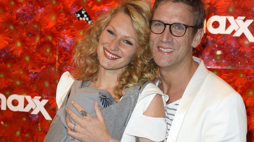 Janni Hönscheid und Peer Kusmagk mit Baby Emil-Ocean