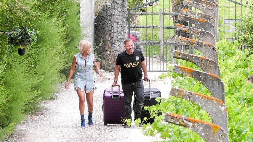 Jasmin und Willi Herren bei ihrer Ankunft im Sommerhaus