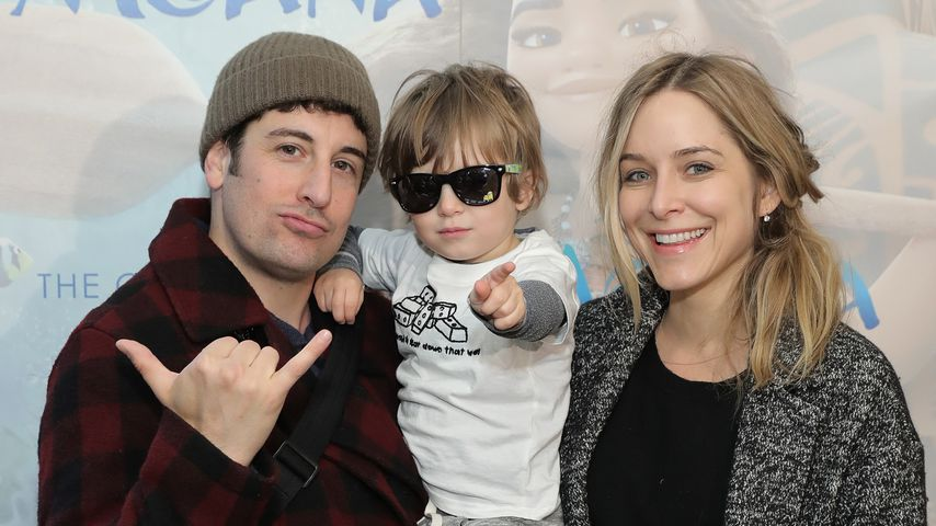 Jason Biggs mit seiner Ehefrau Jenny und dem gemeinsamen Sohn Sid