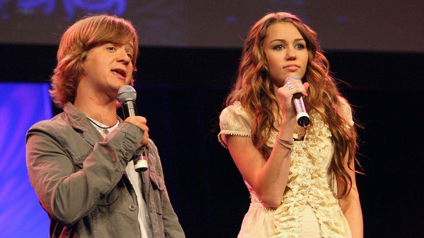 Jason Earles und Miley Cyrus beim Kids Day 2006