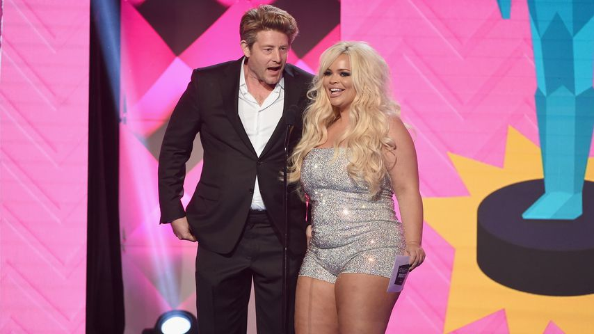 Jason Nash und Trisha Paytas bei den Streamy Awards in Beverly Hills im Oktober 2018