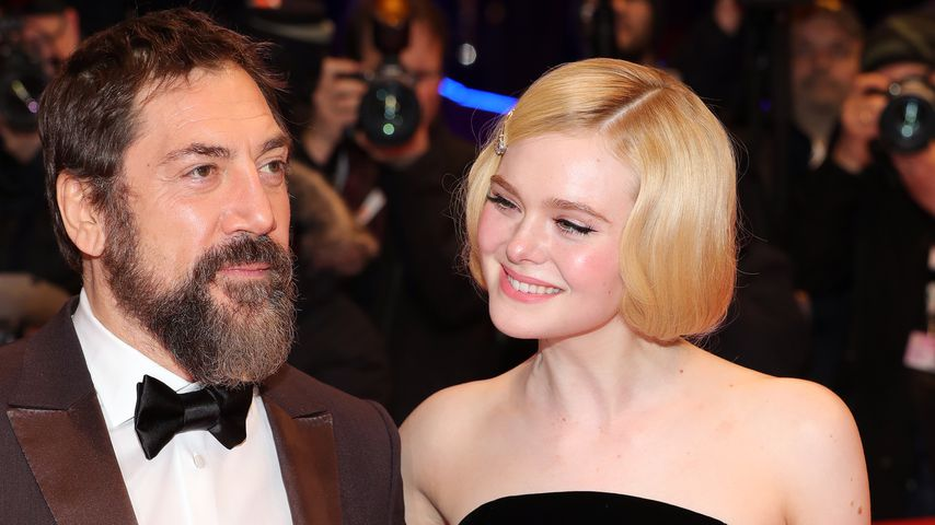 "Javier Bardem und Elle Fanning bei der ""The Roads Not Taken""-Premiere in Berlin"