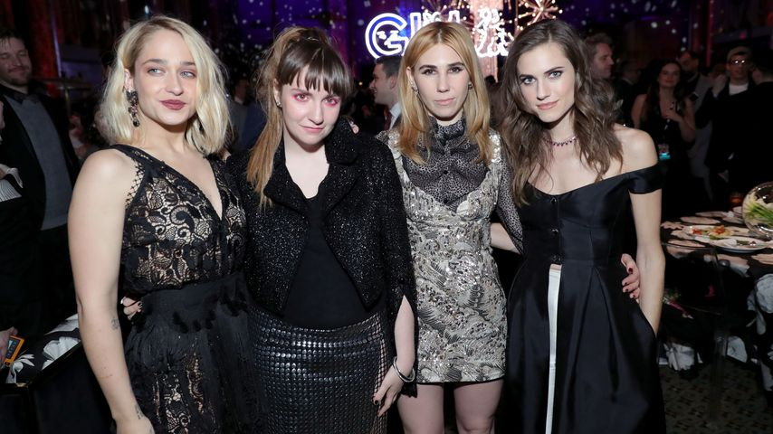 "Jemima Kirke, Lena Dunham, Zosia Marnet und Allison Williams auf einer ""Girls""-Party"