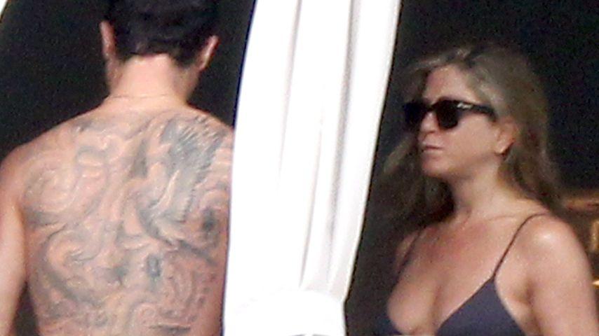 Justin Theroux zeigt sein riesiges Rücken-Tattoo