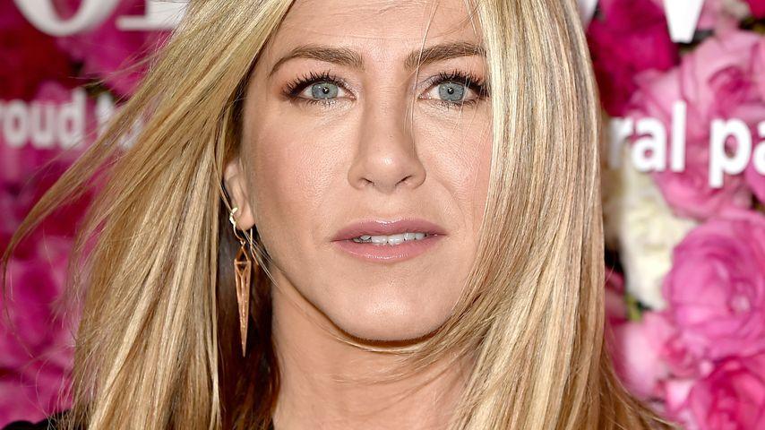 """Jenifer Aniston bei der Premiere von """"Mother's Day"""" in Hollywood"""