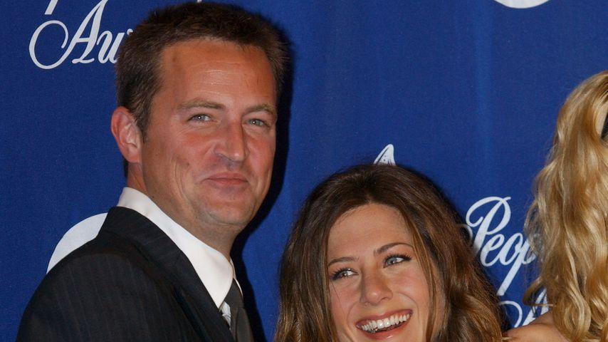 Jennifer Aniston und Matthew Perry bei einer Preisverleihung im Jahr 2012